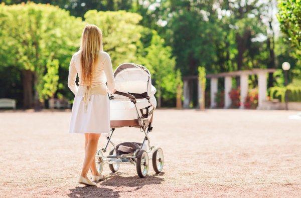 Що взяти на прогулянку з дитиною в спекотну погоду