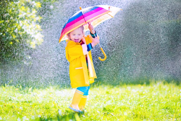 Гулять ли с ребенком в плохую погоду - изображение 1