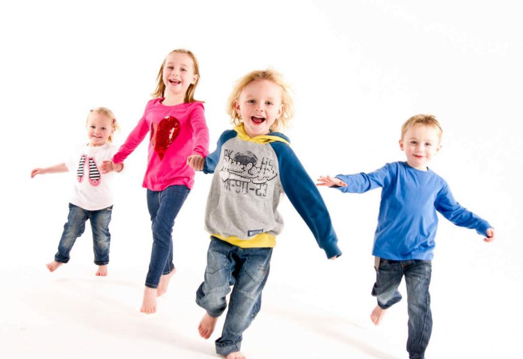 Який одяг не потрібен діткам шкільного віку - изображение 2
