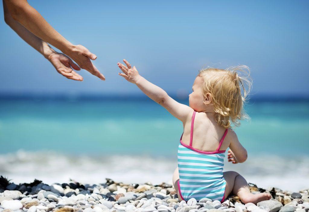 Що взяти на прогулянку з дитиною в спекотну погоду - изображение 3