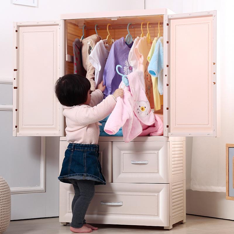 5 речей, які не можна забороняти дитині щодо його одягу