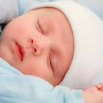 Нужно ли одевать шапочку новорожденному?