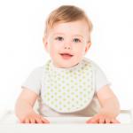 Слинявчик для новонародженого: чи потрібен і для чого?