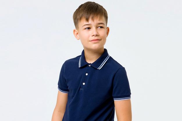 Детские футболки поло: как сочетать со школьной формой - изображение 3