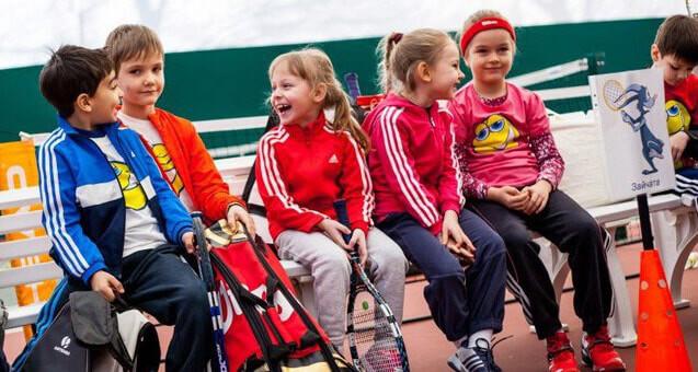 Спортивные костюмы в детском гардеробе - изображение 1