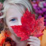 Одежда на осень для девочки: выбираем базовый гардероб