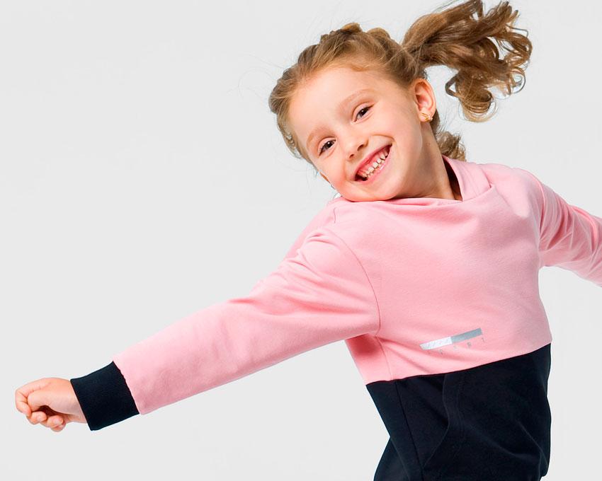 Дитячий спортивний костюм - незамінна річ в гардеробі дитини - изображение 1