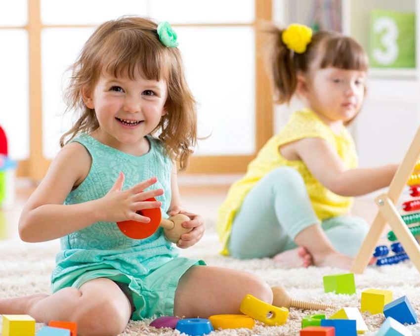 Как одевать ребенка в детский сад зимой, весной, летом и осенью? - изображение 1