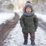Як одягнути дитину по погоді в різні пори року