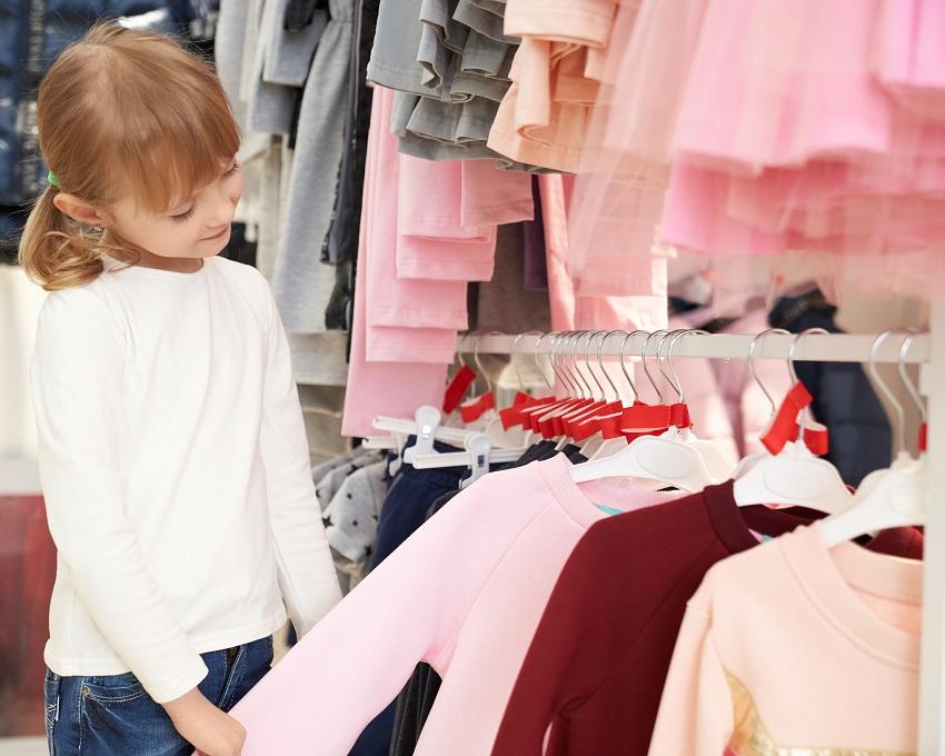 Нарядные и повседневные блузки в школу: как выбрать? - изображение 1