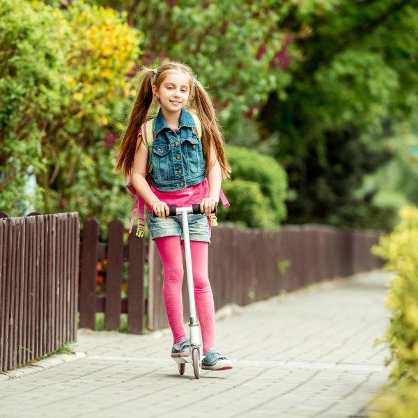 Шкільні жилетки для дівчаток: 6 переваг і як правильно вибрати? - изображение 4